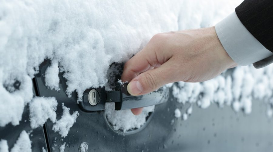 How Does Denver's Weather Affect Your Locks?