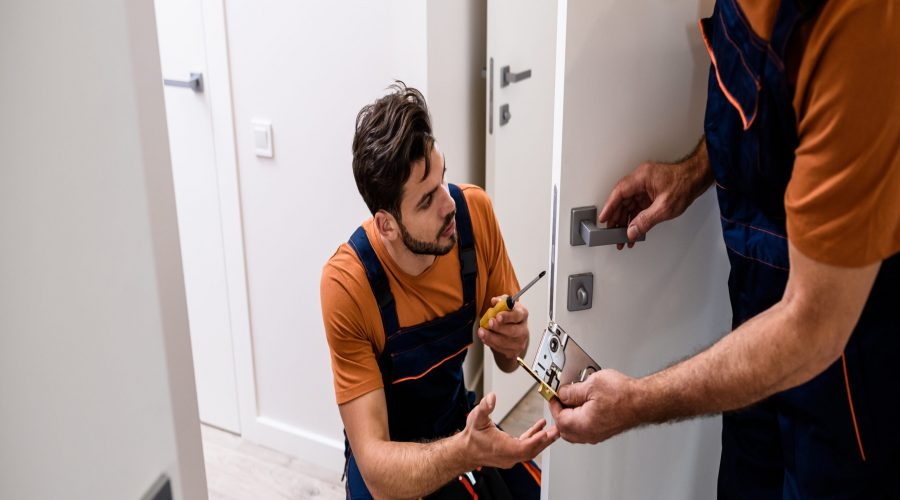 A Comprehensive Guide to Becoming a Locksmith